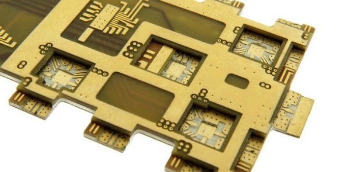 A Microwave Printed Circuit Board