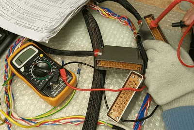 Application of a multimeter when calling the harness